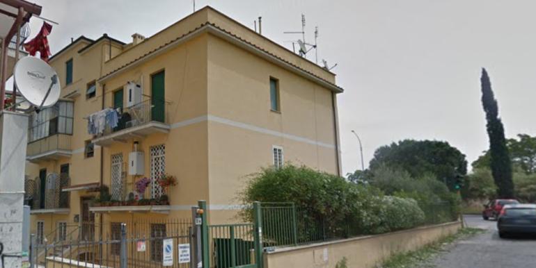 roma_vendita_bilocale_quartomiglio_seminterrato_luminoso_ottimo3